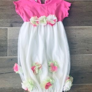 Other - Beautiful boutique baby gown